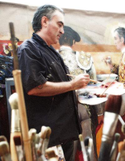 José-Ángel-pintando-en-su-estudio